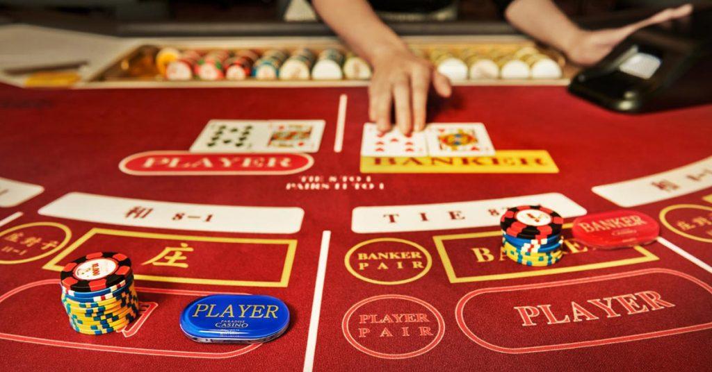 วิธีเล่นเกมไพ่บาคาร่าออนไลน์แบบเบื้องต้น | GCLUB royal1688 สมัครจี ...